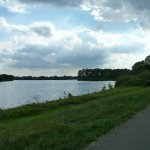 Trockenes Wetter im Nassen Dreieck, mit Rad und Roller hin zum Haus am See