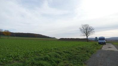 Feldweg unterhalb des Burgberges Gehrden