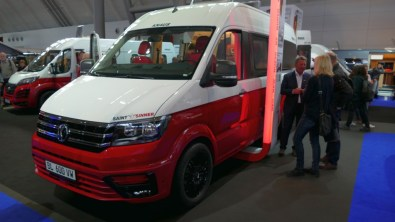 "VW Crafter Studie ""Saint & Sinner"""