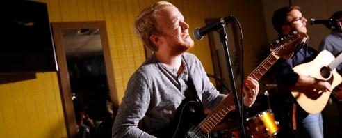 UMW alumnus Jackson Wright plays bass in the band Wylder, which began at UMW.