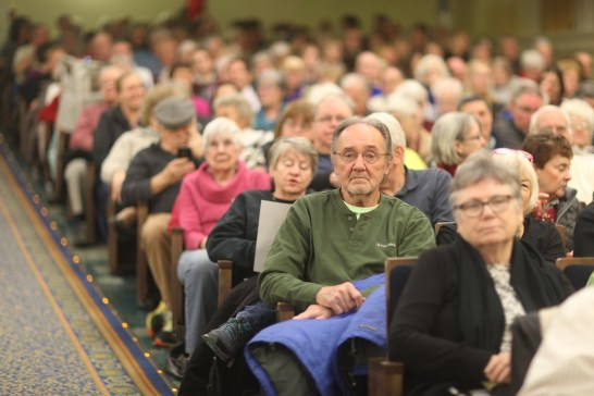 Some 1,100 people packed Dodd Auditorium Jan. 25 to hear Liza Mundy talk about the secret lives of women of World War II, including at least one who graduated from Mary Washington. (Karen Pearlman)