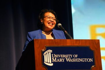 UMW alum and secretary-treasurer of the National Education Association Princess R. Moss '83 helped introduce Teacher of the Year Rodney Robinson. Photos by Suzanne Carr Rossi.