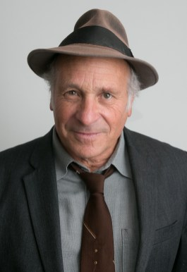 Greg Palast, a freelance investigative reporter with decades of experience reporting on voter suppression, will talk about the role young people can play in the upcoming election, including serving as poll workers.