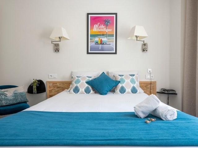 Lit chambre double PMR - Vieux port - La Rochelle