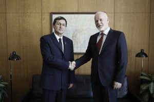 Peter Thomson, President of the seventy-first session of the General Assembly meets with Mr. Rashid Meredov, Deputy Chairman of the Cabinet of Ministers, Minister for Foreign Affairs (Turkmenistan)