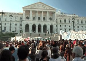 البرتغال: هجرة الشباب