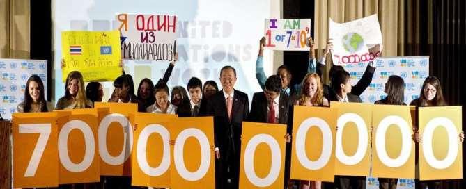 عدد سكان العالم من سبعة مليارات نسمة إلى ثمانية مليارات ونصف المليون نسمة بحلول عام 2030
