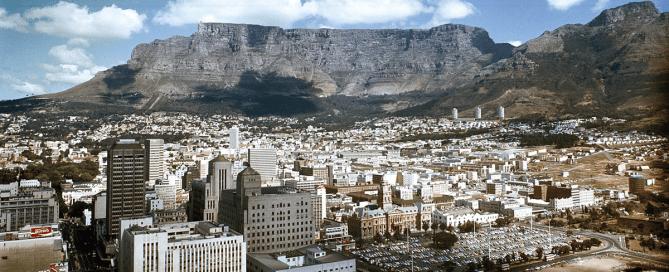 مؤتمر الأمم المتحدة المعني بالإسكان والتنمية