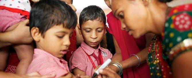 Campaña de vacunación en el estado de Gujarat, en la India. Foto: UNICEF/UNI133530/Pietrasik