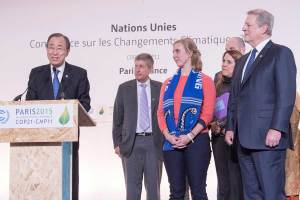 Photo: Secretary-General Ban Ki-moon, together with Al Gore, former United States Vice President and Chair of the Climate Reality Project, had a joint encounter with civil society representatives and the press during the during the COP21 in Paris on 10 December.