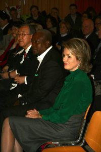 Photo: Ban Ki-moon (L), sits with advocates Ghana President John Dramani Mahama and Queen Mathilde of Belgium.