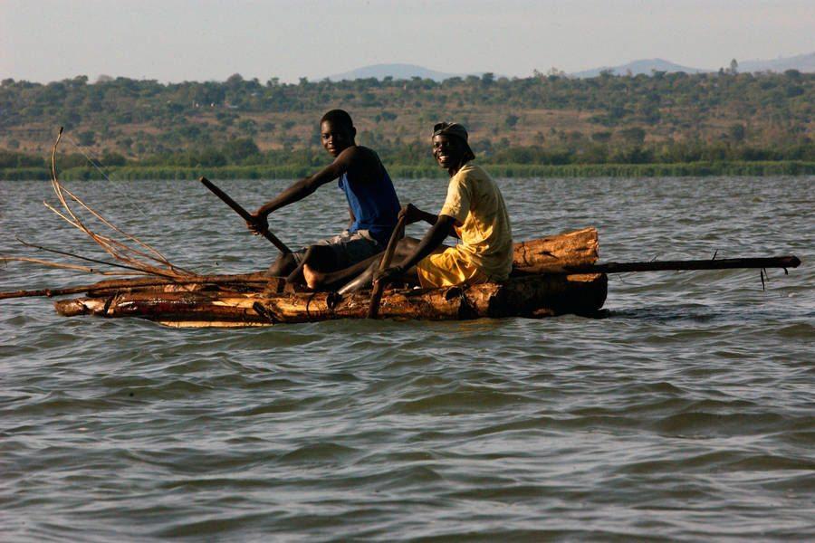 Photo: Kenyan fishermen on Lake Victoria use special nets to conserve dwindling fish stock. Photo: FAO/Ami Vitale