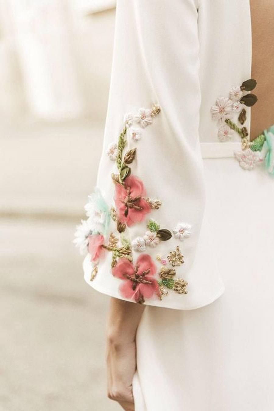 VESTIDOS DE NOVIA CON BORDADOS  Blog de bodas de Una Boda