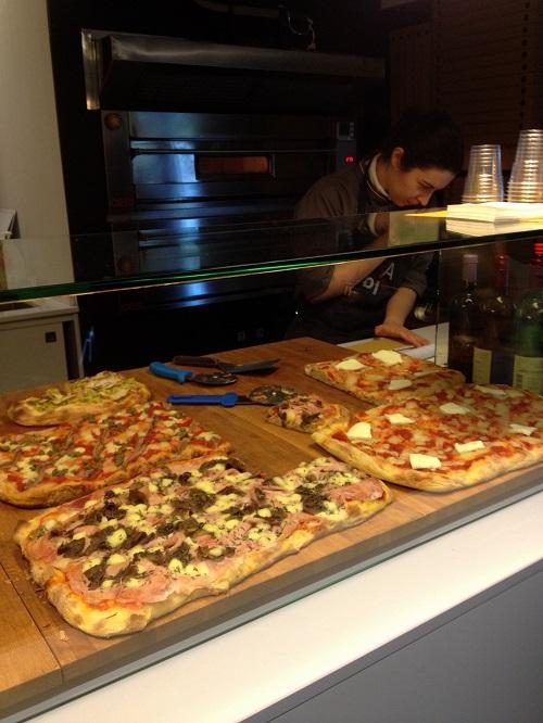B500_Gabin_Bancone_Pizze_Una_casa_in_campagna