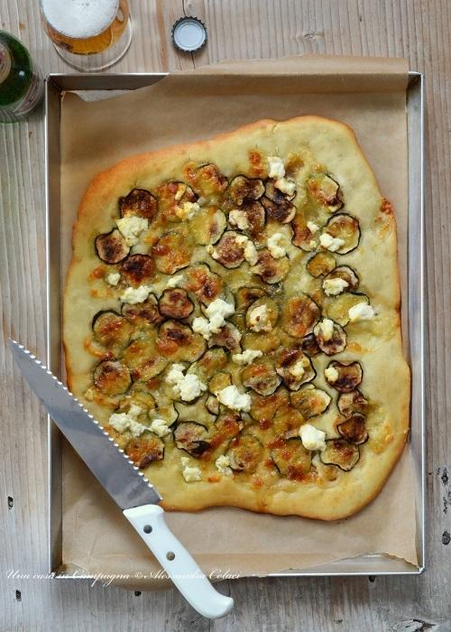 Pizza bianca con mozzarella, zucchine grigliate e ricotta per #pizzaebirraamemipiaci