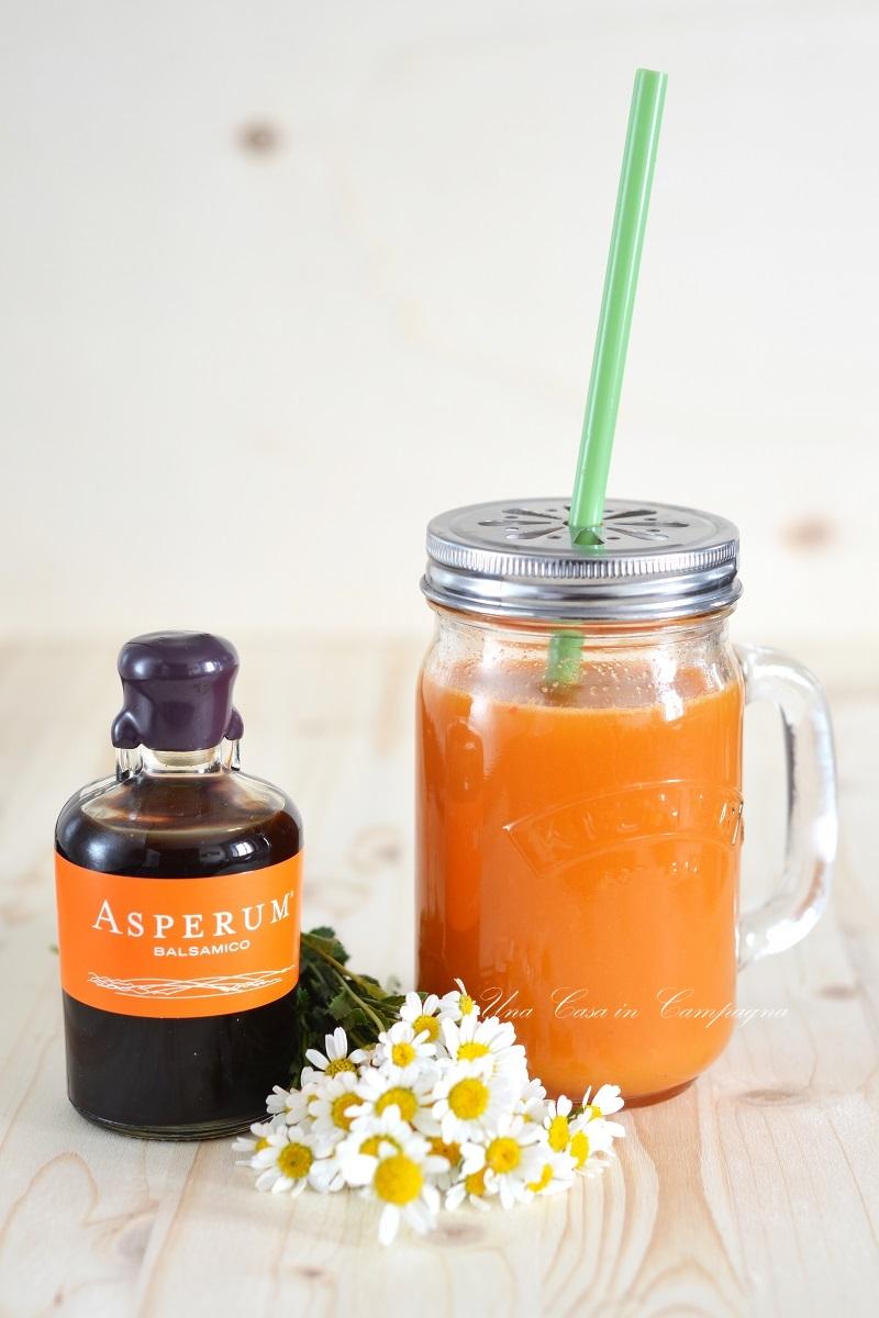 Estratto di arancia carota e kiwi con Asperum  Una Casa