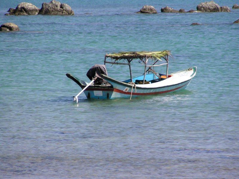 Barca Ngapali Beach