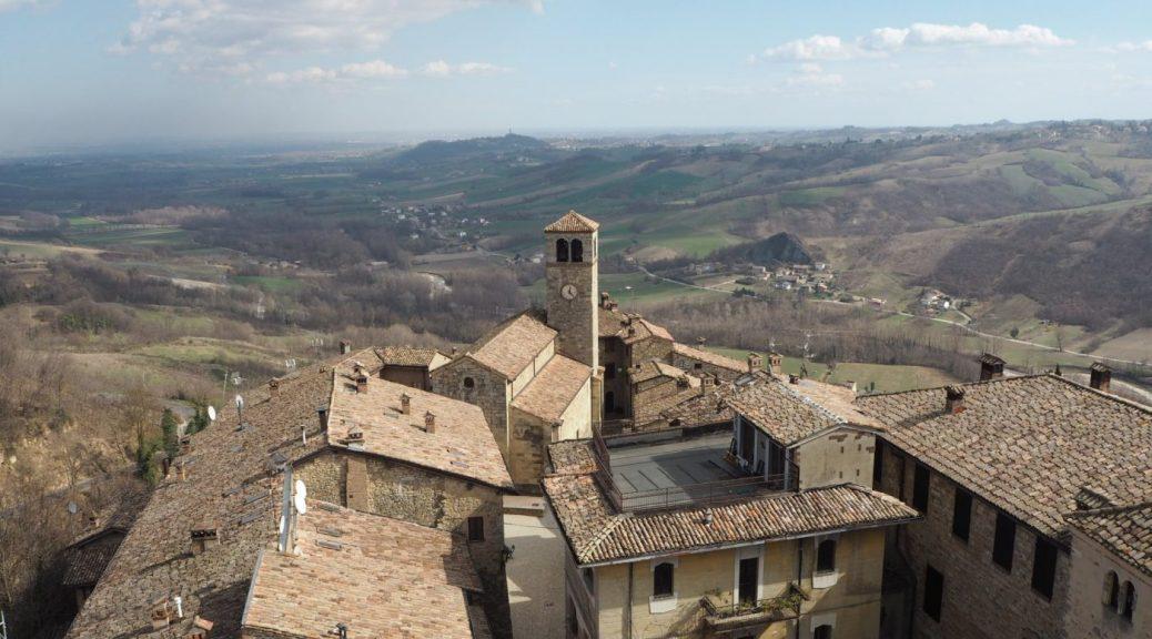 Vista castello di Vigoleno