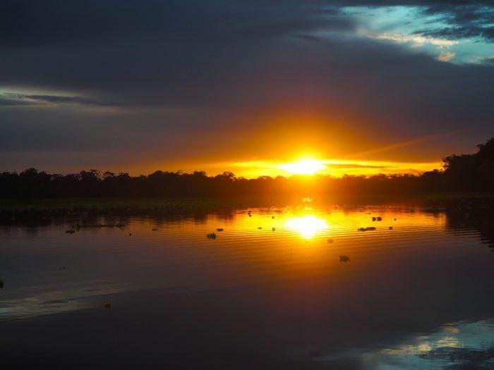 Tramonto Rio delle Amazzoni