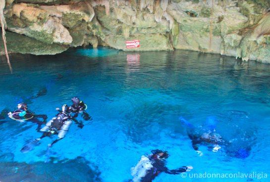 Sub Cenote Dos Ojos