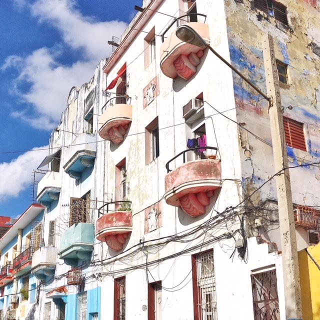 Edifici Callejon de Hamel Havana