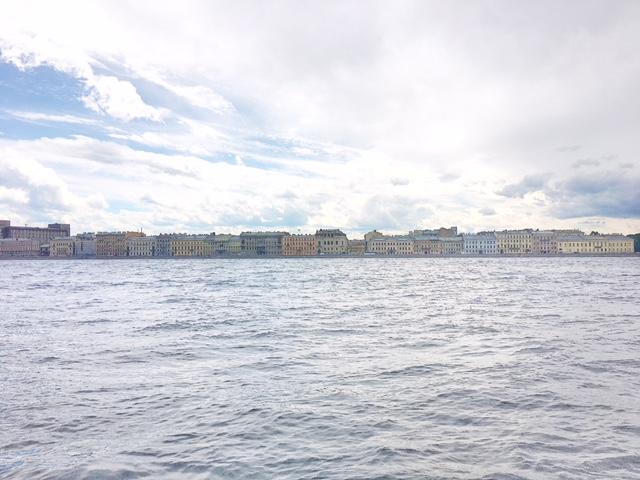 Vista su San Pietroburgo dal battello sulla Neva