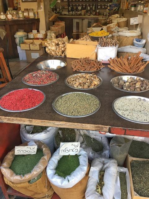 Spezie al Mercato di Mahane Yehuda Gerusalemme