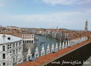 Venezia vista dalla terrazza del palazzo fondaco dei tedeschi