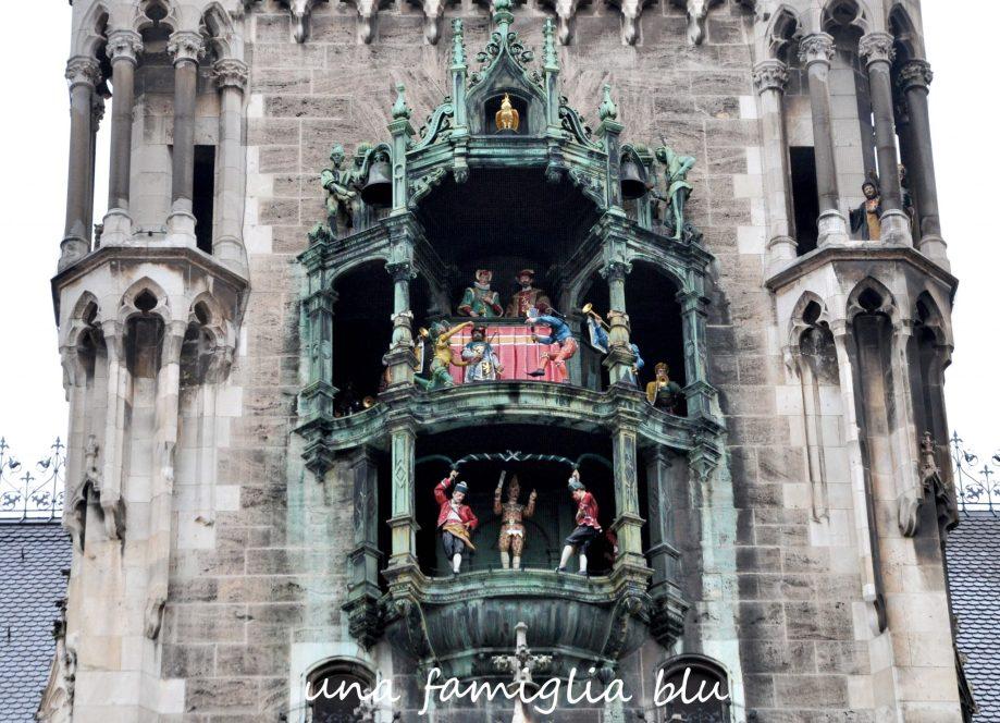 carillon a marienplatz a monaco