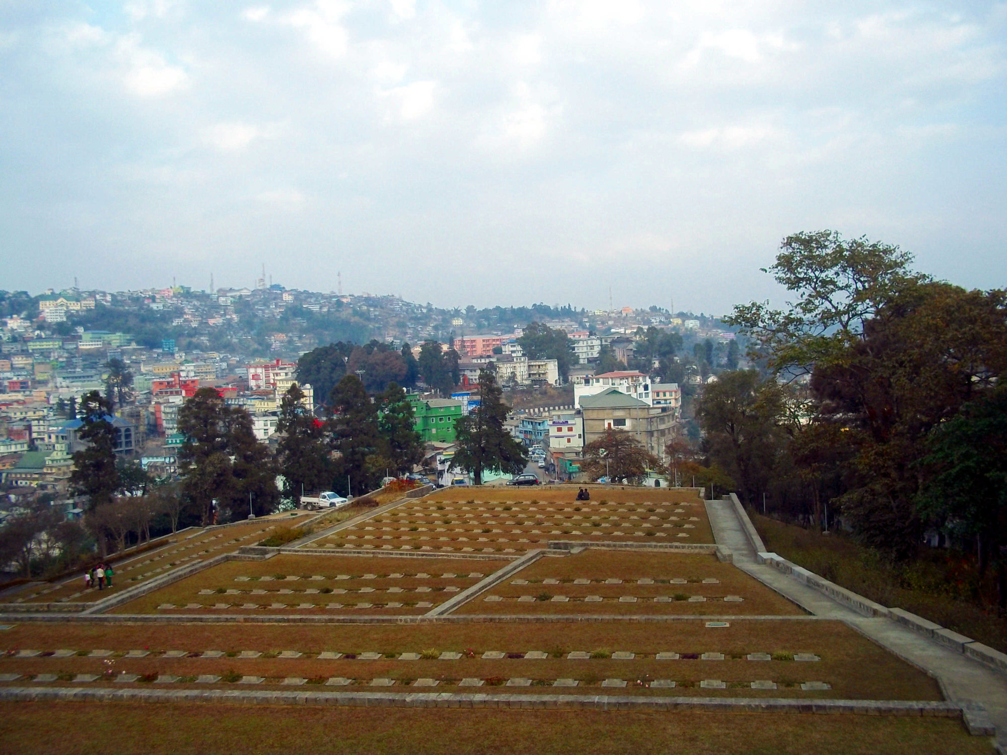 What are some quick facts about WWII Cemetery in Kohima, Nagaland in northeast India?