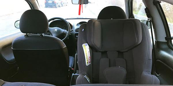 ¿Cómo usar y mantener mi silla de coche para que sea segura?