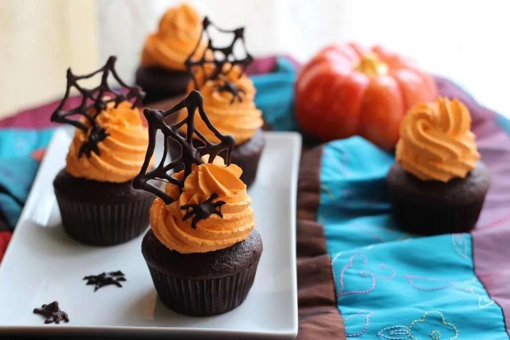 halloween_cupcakes_b