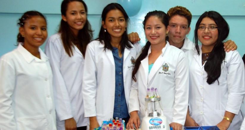 Feria Científica de Biofísica como práctica de internacionalización