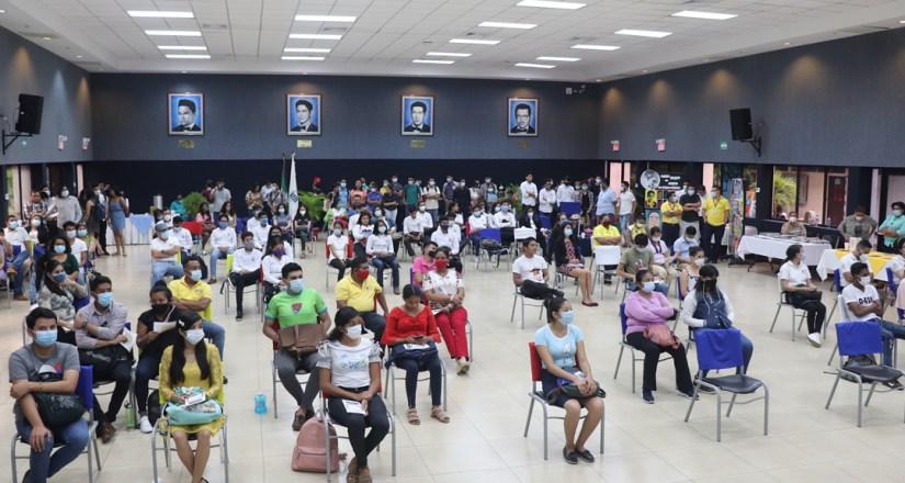 Comunidad universitaria participa en Jornada Carlos Martínez