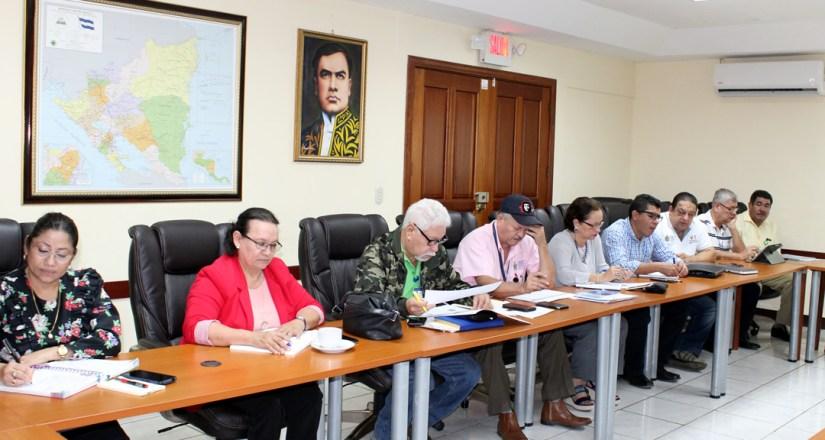 Autoridades universitarias, Decanos y el Director del POLISAL participaron en este encuentro