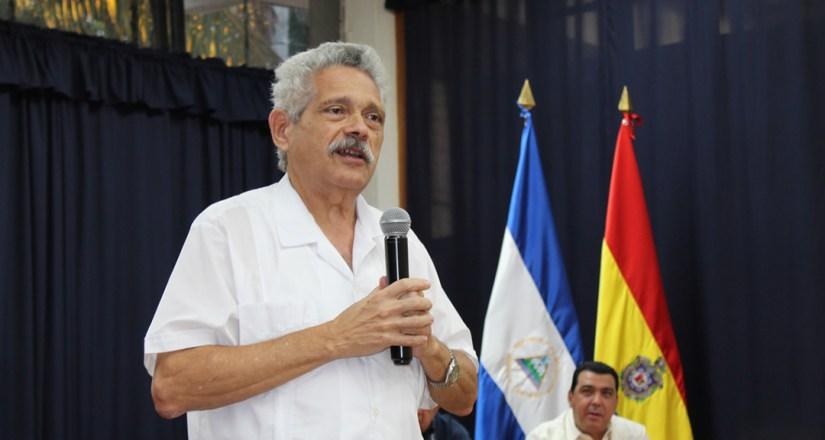 Dr. Pedro Pablo Rodríguez, Docente investigador del Centro de Estudios Martinianos de Cuba, agradeció a las autoridades universitaria por la invitación a esta conferencia.