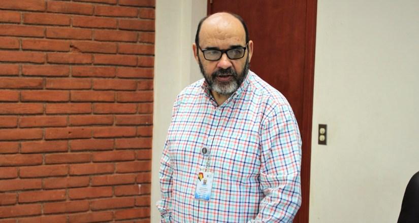 Dr. Luis Alfredo Lobato Secretario general de la UNAN-Managua.