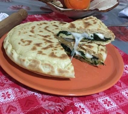 Focaccia in Padella Spinaci e Mozzarella 4