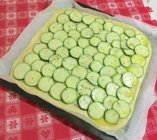 Focaccia con Zucchine o Patate 2
