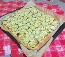 Focaccia con Zucchine o Patate