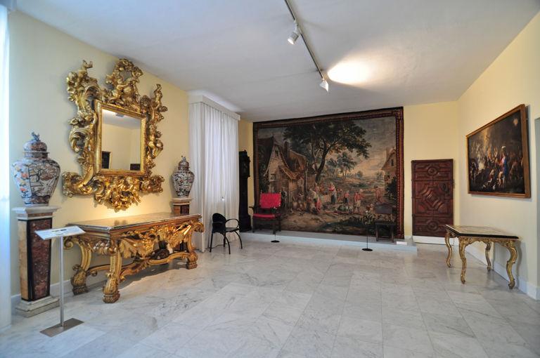 Museo Nacional de Artes Decorativas y II