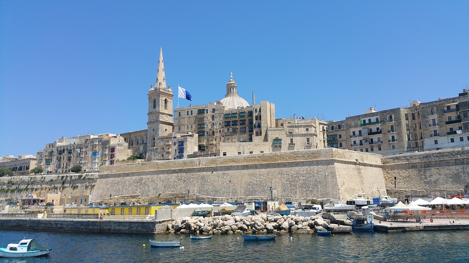 Malta presupuesto para este verano