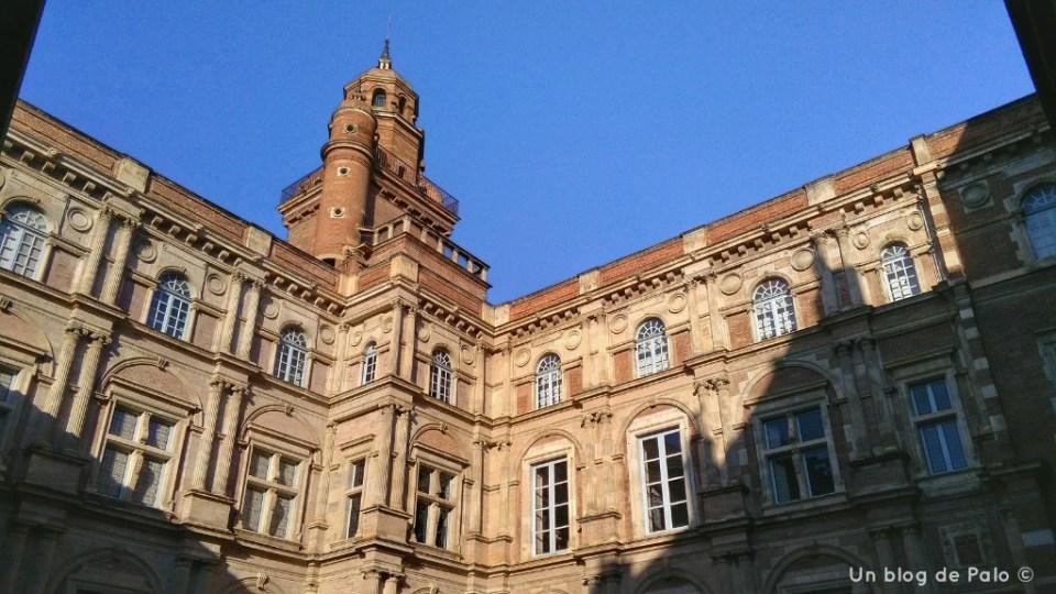 Patio renacentista del Hôtel d'Assezzat