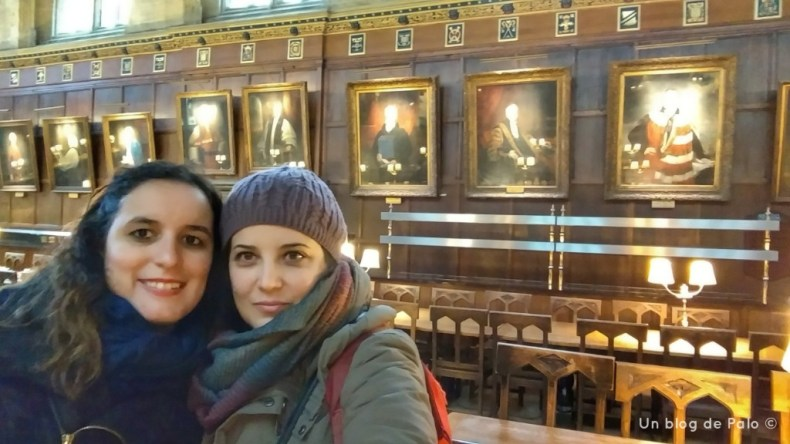 Paloma y Miriam como si estuvieran en el mismo Hogtwars