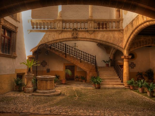 Interior de palacio en Palma de Mallorca