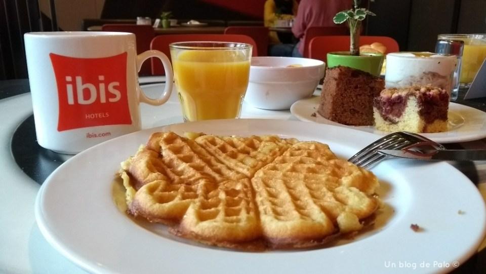Desayuno en Ibis Wien Mariahift