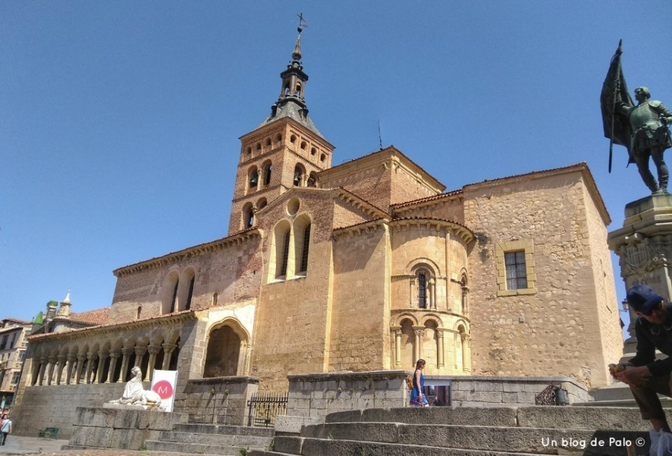 Iglesia de San Martín en la Plaza de Medina del Campo Segovia