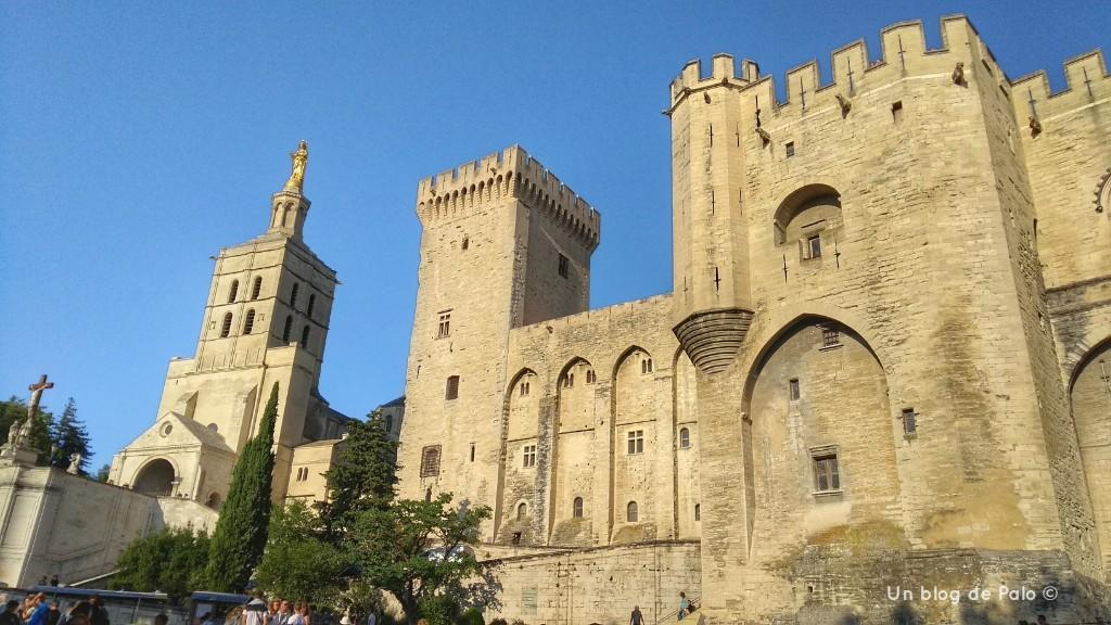 Imprescindible que ver en Provenza el Palacio de los Papas de Avignon