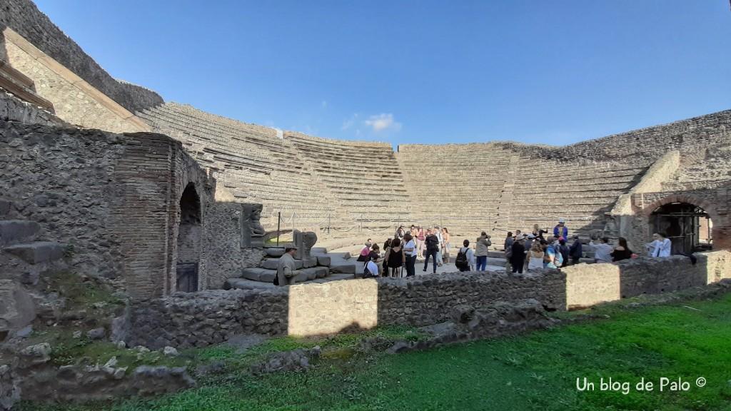 Las gradas del teatro en Pompeya