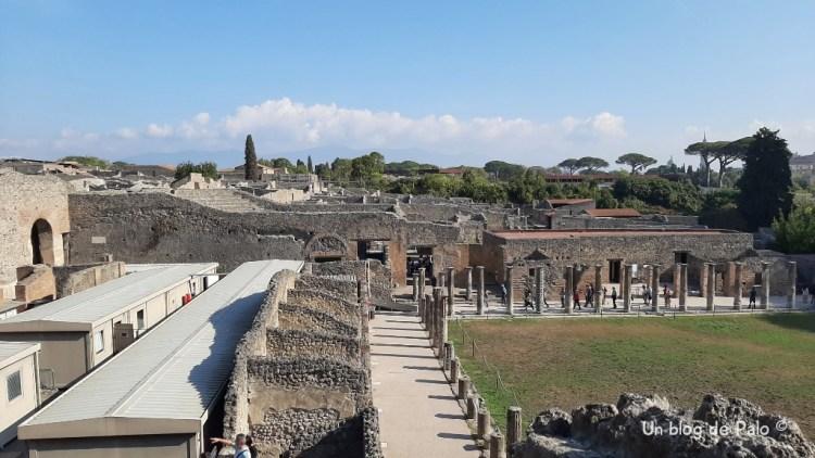 Vistas de Pompeya desde el Teatro